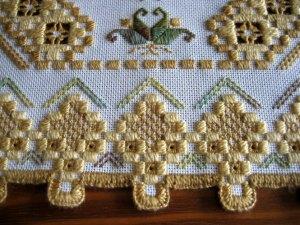 Hardanger kleedje | Real Men Stitch and Sew