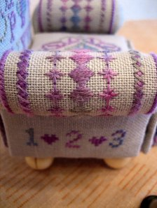 PeacockStitchingChair_3
