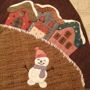 Sneeuwpop in Japans winterdorpje
